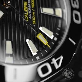 TA20951S_Tag_Heuer_Aquaracer_Calibre_5_Close8.JPG