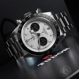 TU22354S Tudor Black Bay Chronograph Unworn Close10