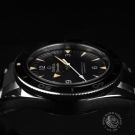 OM20743S_Omega_Seamaster_300_Master_Co_Axial_Close10.jpg