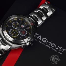 TA20488S_Tag_Heuer_Formula_1_Chronograph_SENNA_Edition_Close17.JPG