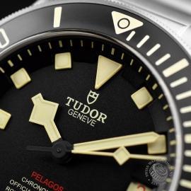 TU19056S Tudor Pelagos LHD Close5