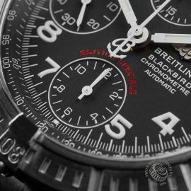 BR22647S Breitling Chronomat Blackbird Close4