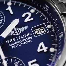 BR21756S Breitling Chrono Avenger Close5 1