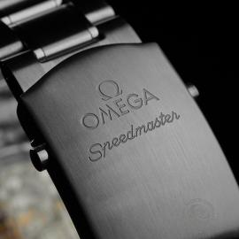 OM22648S Omega Speedmaster Moonphase Chronograph Close4