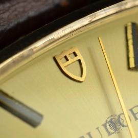 21456S Vintage Tudor Dress Watch 9ct Close7
