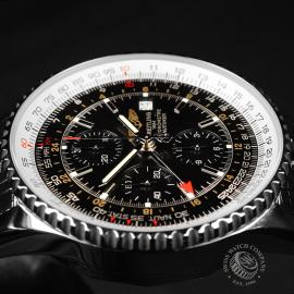 BR21888S Breitling Navitimer World Chrono GMT Close8