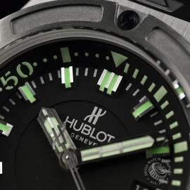 HU1840P_Hublot_King_Power_Oceanographic_4000_Limited_Edition_Close5.JPG