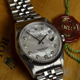 RO1793P-Rolex-Datejust-Close1.jpg