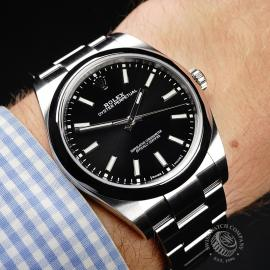 RO21977S Rolex Oyster Perpetual 39 Wrist