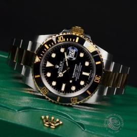 Rolex Submariner Date Close10 2