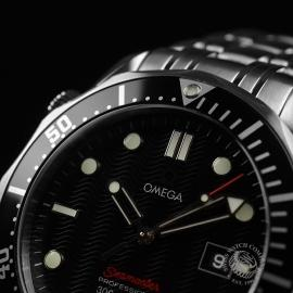 OM20887S_Omega_Seamaster_Professional_Quartz_Close5.JPG