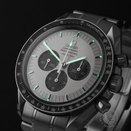 OM21950S Omega Speedmaster Professional Moonwatch Apollo 11 35th Anniversary Close1