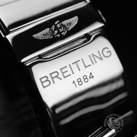 BR1819P_Breitling_Emergency_Mission_Close22.JPG