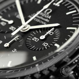 OM22339S Omega Speedmaster Pofessional Moonwatch Unworn Close5