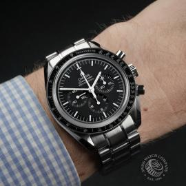 OM22339S Omega Speedmaster Pofessional Moonwatch Unworn Wrist