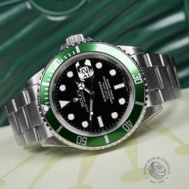 RO1958P Rolex Submariner Green Bezel Close 8