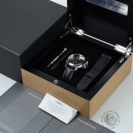 PA19752-Panerai-Luminor-Box.jpg