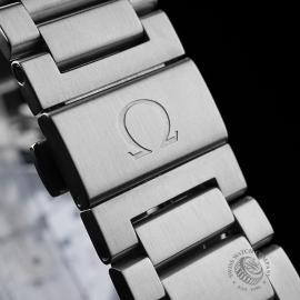 OM21643S Omega Seamaster Aqua Terra Close9