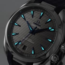 OM21203S Omega Seamaster Aqua Terra Co-Axial Master Chronometer Close1