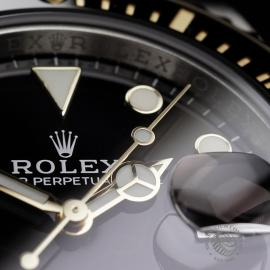 RO22288S Rolex Submariner Date Close5