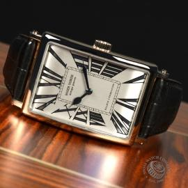 1351P Roger Dubuis Much More 18ct White Gold Close10