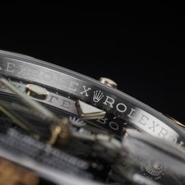 RO22597S Rolex Submariner Date Unworn Close5