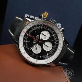 BR22725S Breitling Navitimer B01 Chronograph 46 Close10