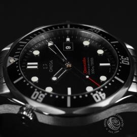 OM20887S_Omega_Seamaster_Professional_Quartz_Close8.JPG