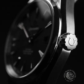 OM20791S_Omega_Seamaster_Aqua_Terra_Co_Axial_Close3.JPG