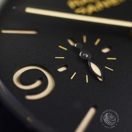 PA20258S-Panerai-Radiomir-Close10