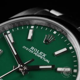 RO22549S Rolex Oyster Perpetual 41 Unworn Close3