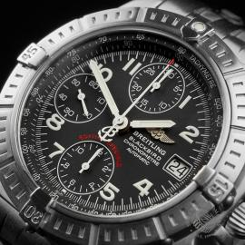 BR22647S Breitling Chronomat Blackbird Close2