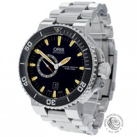 Oris Aquis Small Seconds