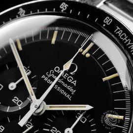 OM22108S Omega Vintage Speedmaster Moonwatch Close3