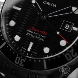 OM20887S_Omega_Seamaster_Professional_Quartz_Close6.JPG