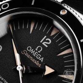 OM22237S Omega Seamaster 300 Master Co-Axial Close3