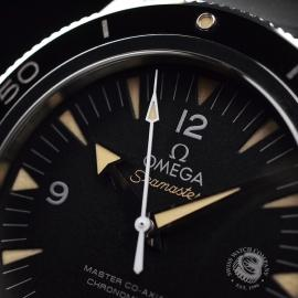 OM20743S_Omega_Seamaster_300_Master_Co_Axial_Close4.jpg