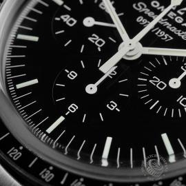 OM22353S Omega Speedmaster Professional Moonwatch '50th Anniversary' Close4