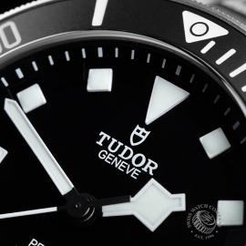 TU21763S Tudor Pelagos Black Close3