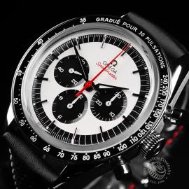 OM22300SOmega Speedmaster CK2998 'Pulsometer' Close2