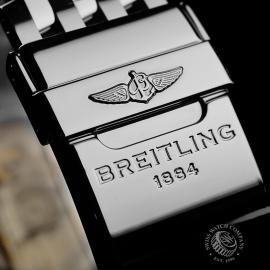 BR22147S Breitling Navitimer 01 Blue Edition Close8