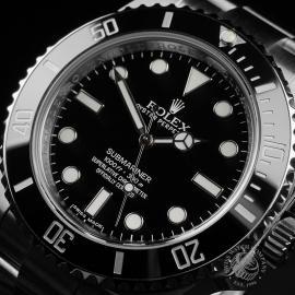 RO22372S Rolex Submariner Non-Date Close2
