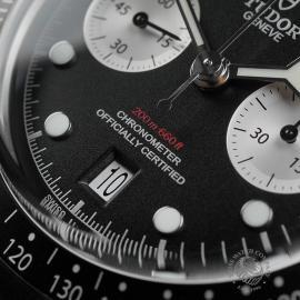 TU22343S Tudor Black Bay Chronograph Unworn Close4