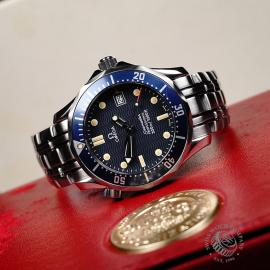 OM22003S Omega Seamaster 300M Midsize Close10
