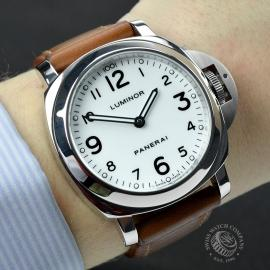 PA19634-Panerai-Luminor-Wrist