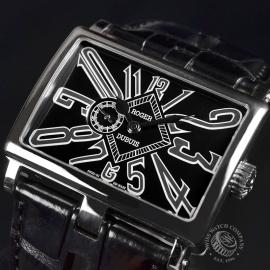 1352P Roger Dubuis TooMuch 18ct White Gold Close2