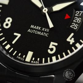 IW20672S_IWC_Pilots_Watch_Mark_XVII_Close5.JPG