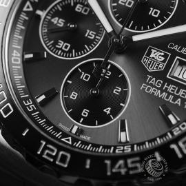 TA20879S_Tag_Heuer_Formula_1_Calibre_16_Chronograph_Close6.JPG
