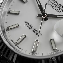 RO22350S Rolex Datejust 41 Unworn Close4