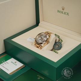 RO22332S Rolex Sky-Dweller 18ct Unworn Box